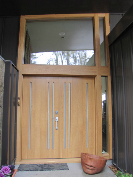 Exterior view Oregon oak entry doors